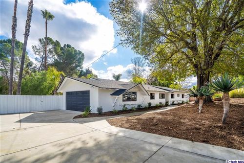 Photo of 1606 HAUSER Circle, Thousand Oaks, CA 91362 (MLS # 320000154)