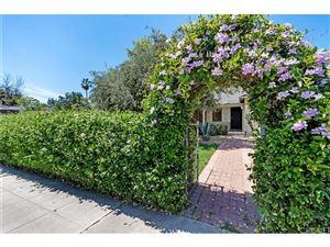 Photo of 5705 CAMELLIA Avenue, North Hollywood, CA 91601 (MLS # SR18061154)
