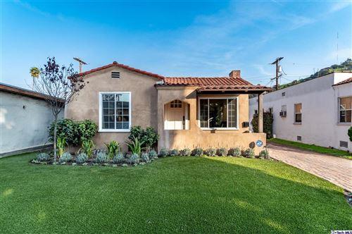 Photo of 522 ZINNIA Lane, Glendale, CA 91205 (MLS # 320000155)