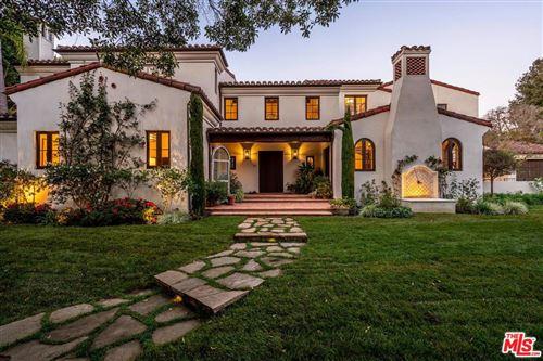 Photo of 1611 OLD OAK Road, Los Angeles , CA 90049 (MLS # 19516158)