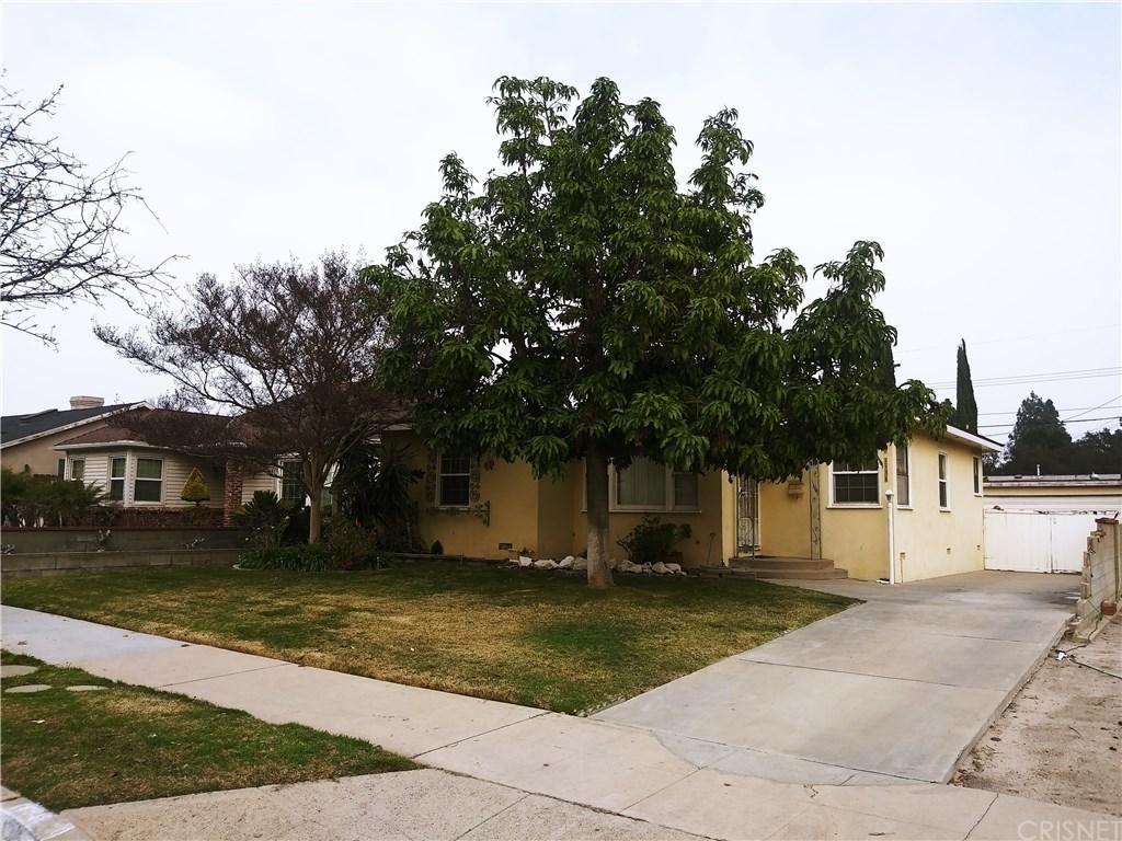 Photo of 1136 North ONTARIO Street, Burbank, CA 91505 (MLS # SR20018159)