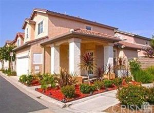 Photo of 293 EARLY DAWN Lane, Simi Valley, CA 93065 (MLS # SR18137161)