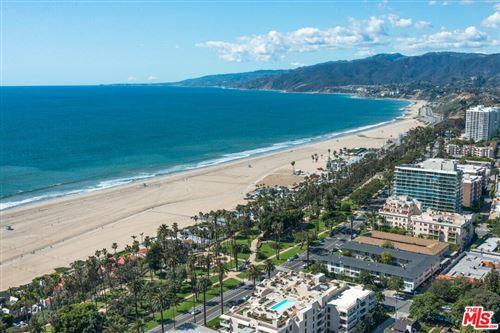 Photo of 535 OCEAN Avenue #2A, Santa Monica, CA 90402 (MLS # 19526162)
