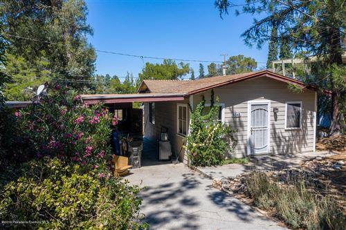Photo of 3345 VILLA GROVE Drive, Altadena, CA 91001 (MLS # 819004162)