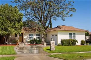 Photo of 7454 LEESCOTT Avenue, Lake Balboa, CA 91406 (MLS # SR18117162)