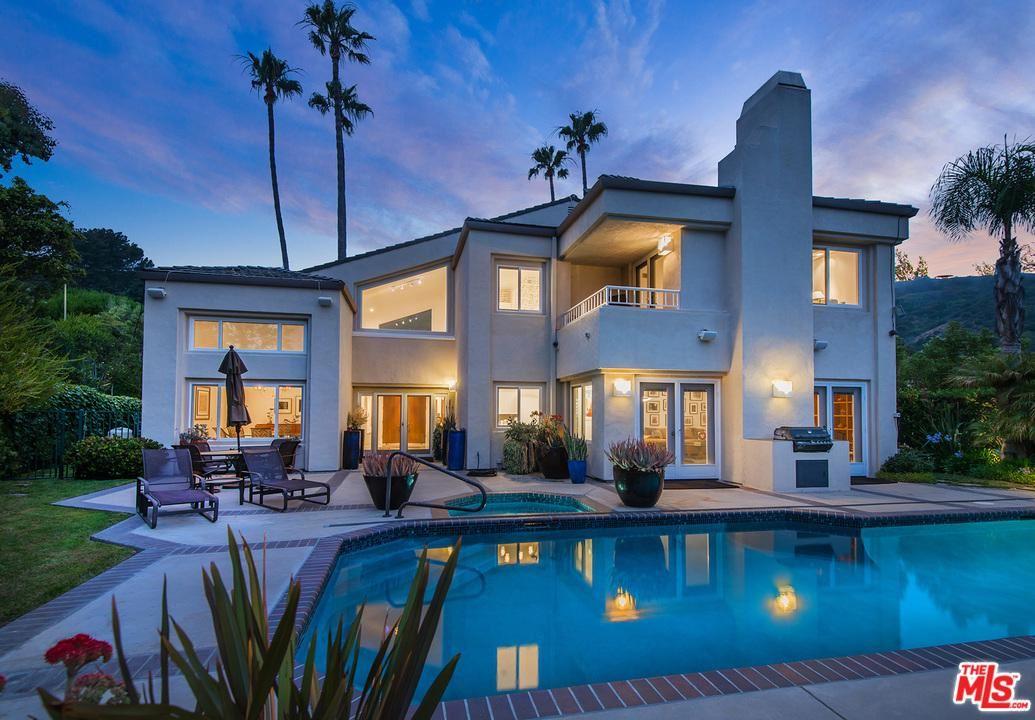 Photo of 16590 VIA FLORESTA, Pacific Palisades, CA 90272 (MLS # 20551164)