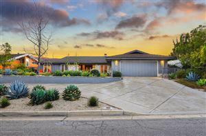 Photo of 638 STARLIGHT CREST Drive, La Canada Flintridge, CA 91011 (MLS # 819000165)