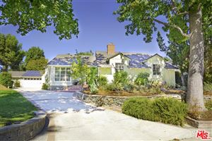 Photo of 1627 LEYCROSS Drive, La Canada Flintridge, CA 91011 (MLS # 17286168)