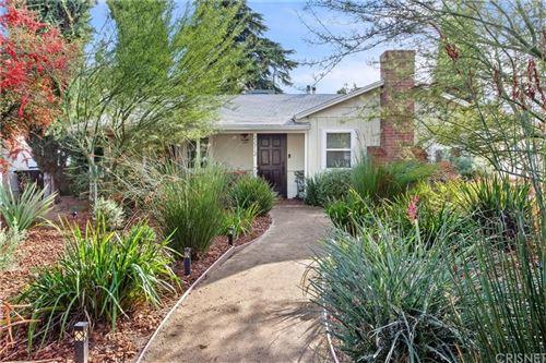 Photo of 22712 BERDON Street, Woodland Hills, CA 91367 (MLS # SR19277169)