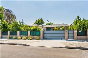 Photo of 13422 BASSETT Street, Valley Glen, CA 91405 (MLS # SR19201170)