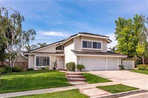 Photo of 6058 MESCALLERO Place, Simi Valley, CA 93063 (MLS # 219007171)