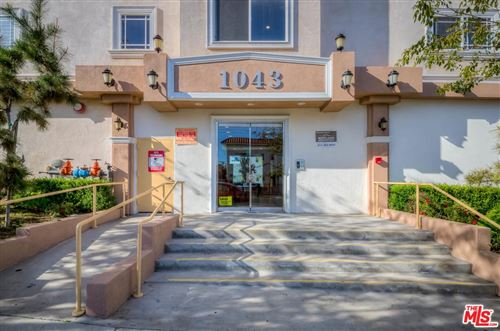 Photo of 1043 South KENMORE Avenue #407, Los Angeles , CA 90006 (MLS # 19537172)