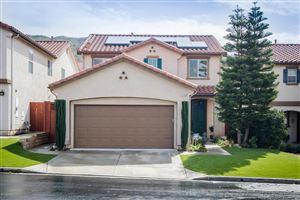 Photo of 13160 LA TIERRA Way, Sylmar, CA 91342 (MLS # 818001172)