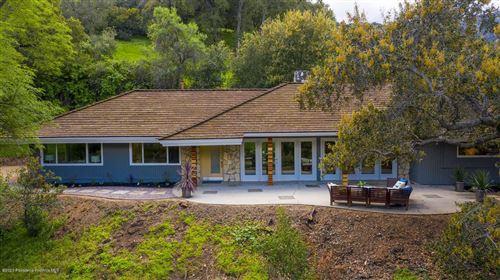 Photo of 3649 MESA LILA Lane, Glendale, CA 91208 (MLS # 820001172)