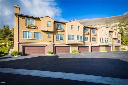 Photo of 397 East HILLTOP Way, Thousand Oaks, CA 91362 (MLS # 220003179)