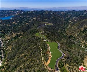 Photo of 2001 BENEDICT CANYON Drive, Beverly Hills, CA 90210 (MLS # 18383184)