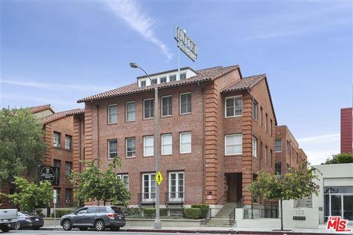Photo of 139 South LOS ROBLES Avenue #305, Pasadena, CA 91101 (MLS # 19536184)