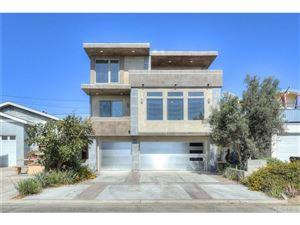 Photo of 149 EAGLE ROCK Avenue, Oxnard, CA 93035 (MLS # SR19064187)