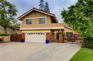 Photo of 2305 HENRIETTA Avenue, La Crescenta, CA 91214 (MLS # 819002188)