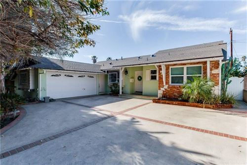 Photo of 7707 GAZETTE Avenue, Winnetka, CA 91306 (MLS # SR19281188)