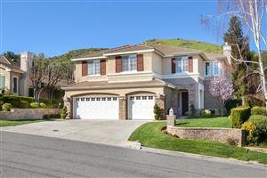 Photo of 561 GRANITE HILLS Street, Simi Valley, CA 93065 (MLS # 219003189)