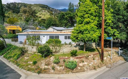 Photo of 6547 DAY STREET Street, Tujunga, CA 91042 (MLS # 320001192)