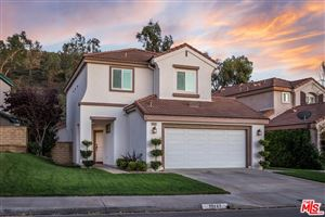 Photo of 23642 SILVERHAWK Place, Valencia, CA 91354 (MLS # 19529194)