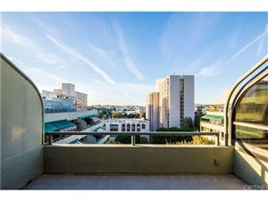 Photo of 880 West 1ST Street #706, Los Angeles , CA 90012 (MLS # SR18004194)