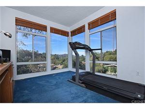 Tiny photo for 11428 DONA LOLA Drive, Studio City, CA 91604 (MLS # SR18268195)