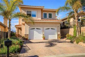 Photo of 895 BENSON Way, Thousand Oaks, CA 91360 (MLS # 218003196)