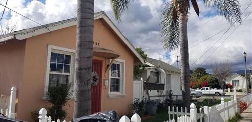 Photo of 104 South OAK Street, Santa Paula, CA 93060 (MLS # 220003196)