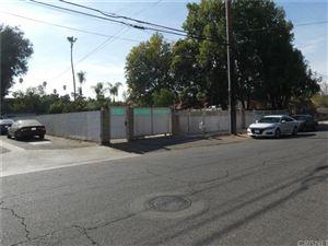 Photo of 15022 WYANDOTTE Street, Van Nuys, CA 91405 (MLS # SR19264196)