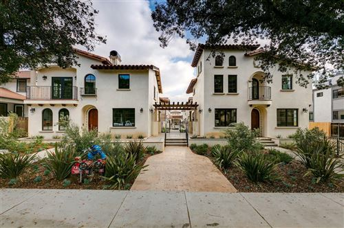 Photo of 388 South LOS ROBLES Avenue #206, Pasadena, CA 91101 (MLS # 820000197)