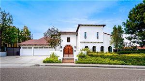 Photo of 3949 VISTA LINDA Drive, Encino, CA 91316 (MLS # SR19231197)