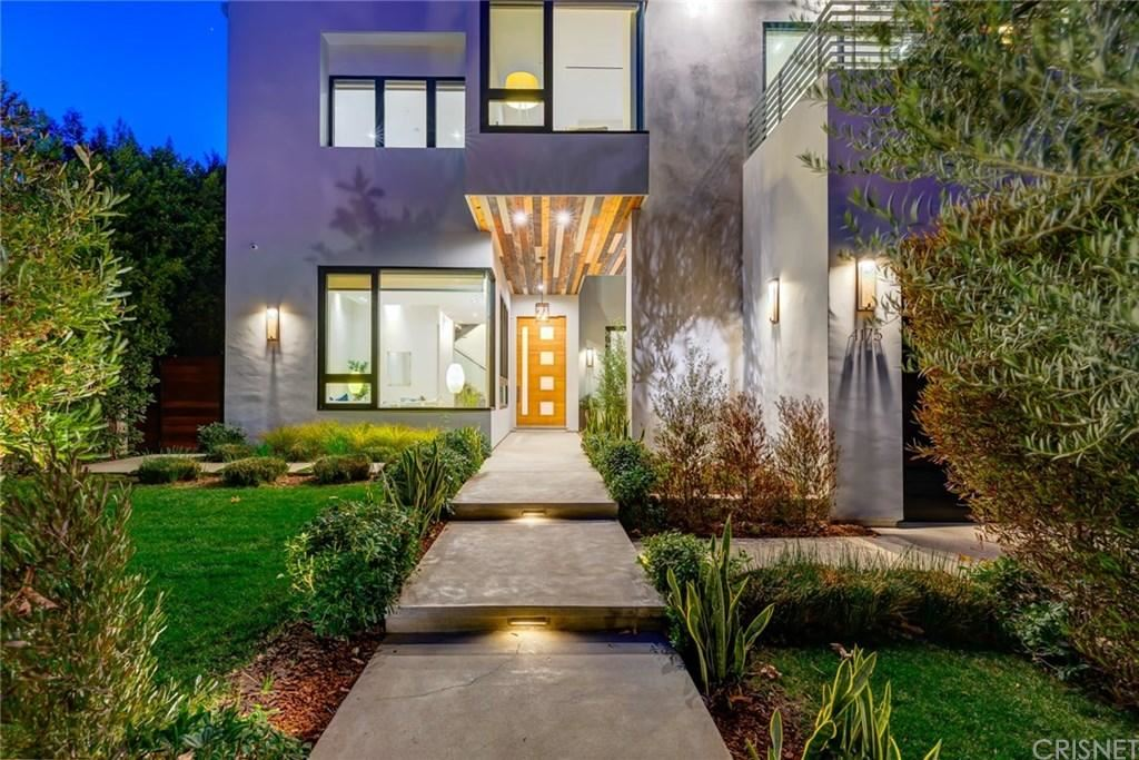 Photo of 4175 GREENBUSH Avenue, Sherman Oaks, CA 91423 (MLS # SR20024197)