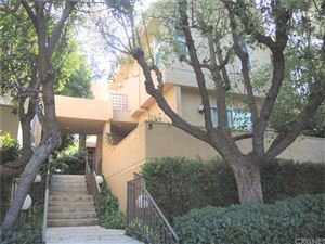 Photo of 18730 HATTERAS Street #5, Tarzana, CA 91356 (MLS # SR19252198)