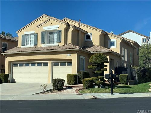 Photo of 20523 COMO Lane, PORTER RANCH, CA 91326 (MLS # SR19272198)