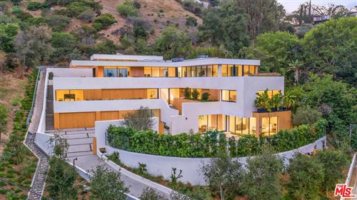Photo of 7681 WILLOW GLEN Road, Los Angeles , CA 90046 (MLS # 19505200)