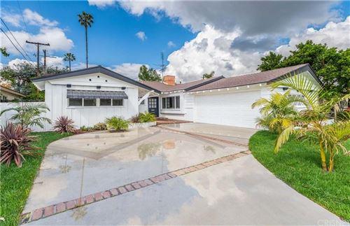 Photo of 4835 DEMPSEY Avenue, Encino, CA 91436 (MLS # SR20050200)