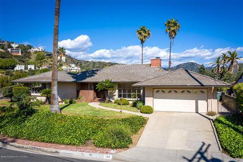 Photo of 746 AVONGLEN Terrace, Glendale, CA 91206 (MLS # 820001203)