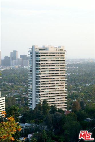 Photo of 9255 DOHENY Road #2702, Los Angeles , CA 90069 (MLS # 19456206)