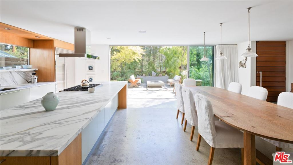 Photo for 917 NOWITA Place, Venice, CA 90291 (MLS # 18315214)