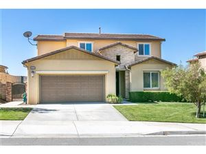 Photo of 19334 LAUREN Lane, Saugus, CA 91350 (MLS # SR18117217)