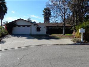 Photo of 541 THOMAS Street, Oak View, CA 93022 (MLS # 218000218)
