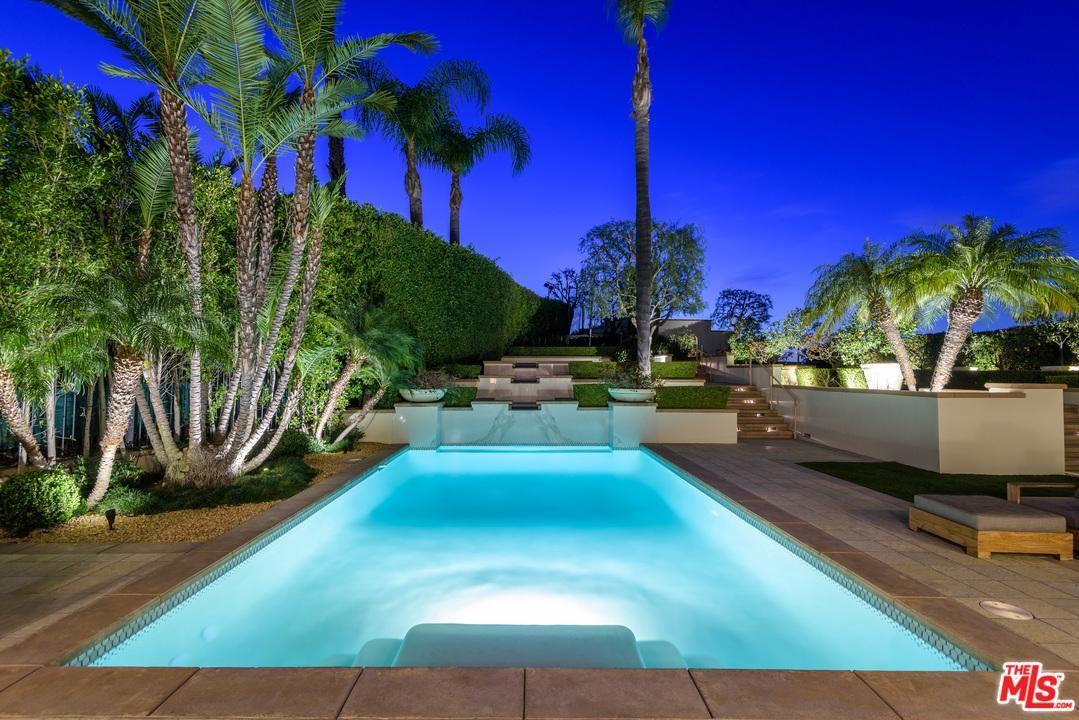 Photo of 13977 AUBREY Road, Beverly Hills, CA 90210 (MLS # 20561218)