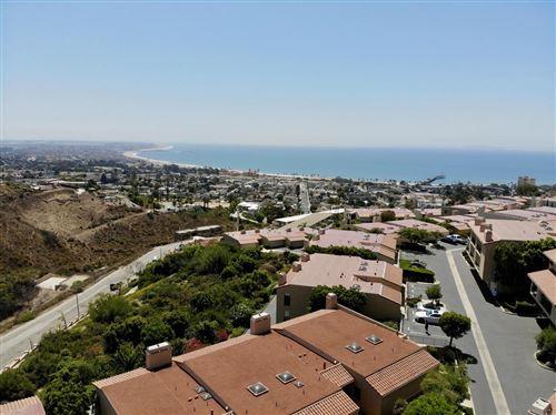 Photo of 912 VALLECITO Drive, Ventura, CA 93001 (MLS # 220000219)