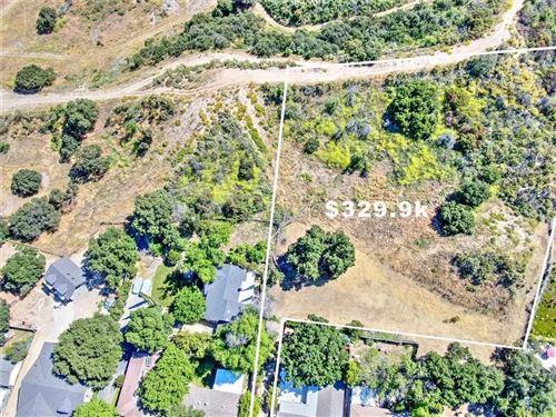 Photo of 2 WILDWOOD CANYON RD, Newhall, CA 91321 (MLS # SR19271222)