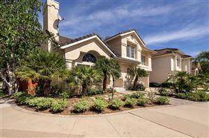 Photo of 690 COVEWOOD Street, Oak Park, CA 91377 (MLS # 219000223)