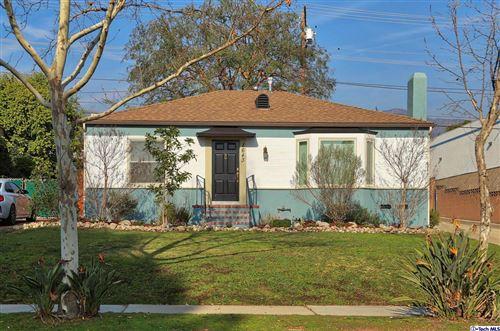 Photo of 1643 BROADVIEW Drive, Glendale, CA 91208 (MLS # 320000223)
