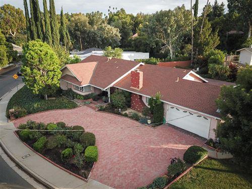 Photo of 19418 WELLS Drive, Tarzana, CA 91356 (MLS # 219013224)